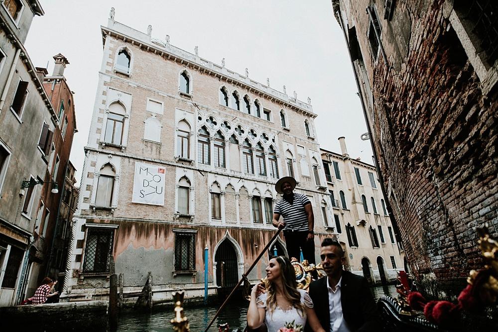 fotografo_matrimonio_venezia_gondola_0040