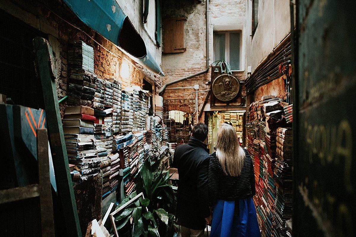 libreria-acqua-alta-venezia_0021