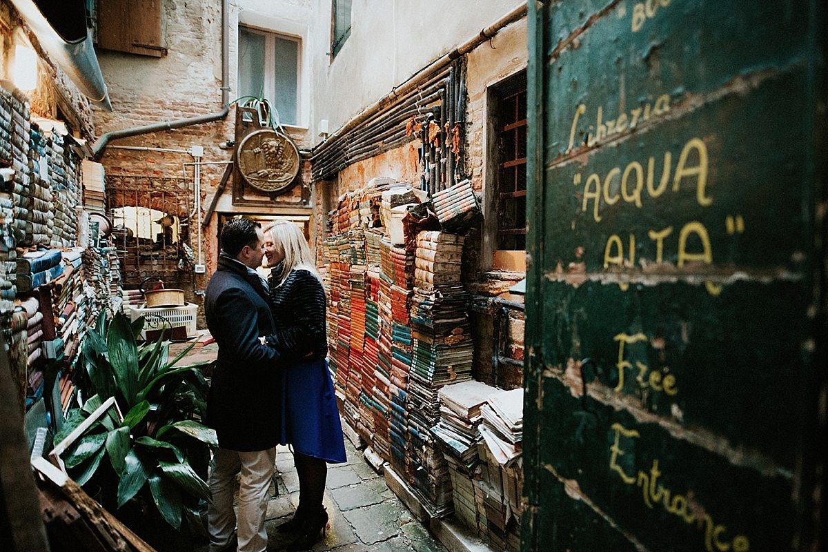 libreria-acqua-alta-venezia_0023