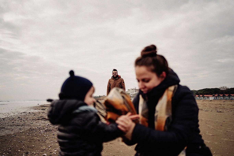 08_spiaggia_famiglia_servizio_fotografico